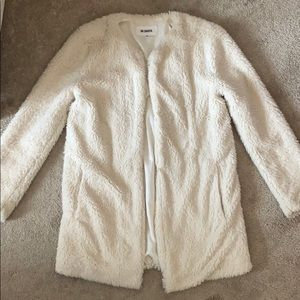 BB Dakota White Faux Fur Coat 🤍